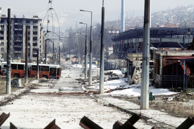 Sarajevo-bombed-out-buildings-street