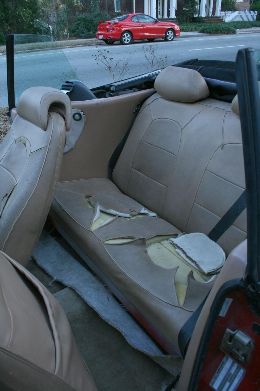 medium resolution of file 2008 12 23 1989 saab 900 turbo rear seat jpg