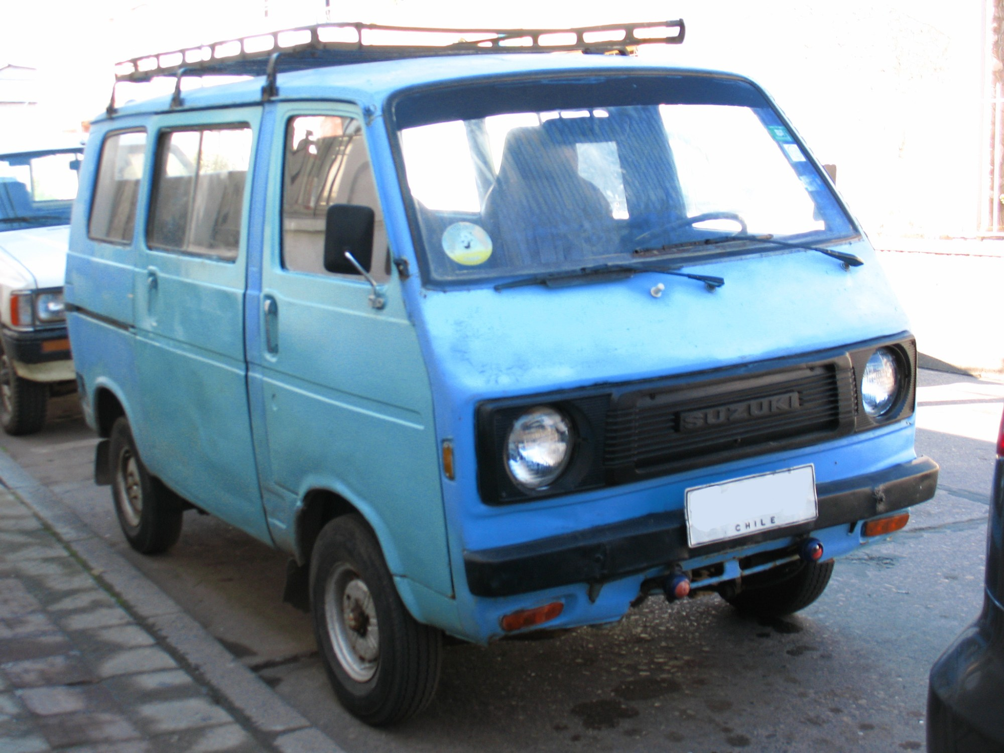 hight resolution of st80v facelift version chile this style of grille appeared in october 1977