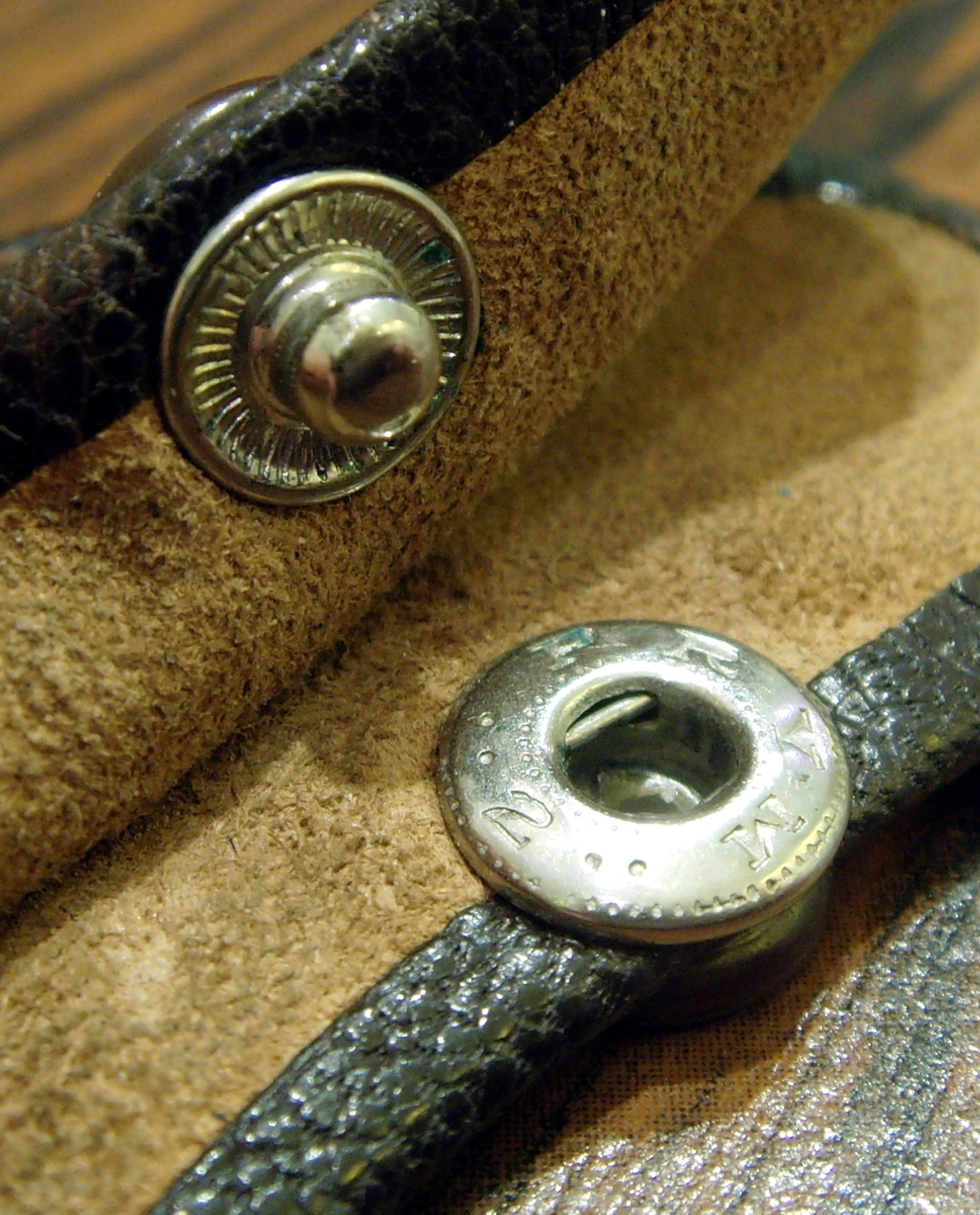 Buttons And Snaps : buttons, snaps, Fastener, Wikipedia