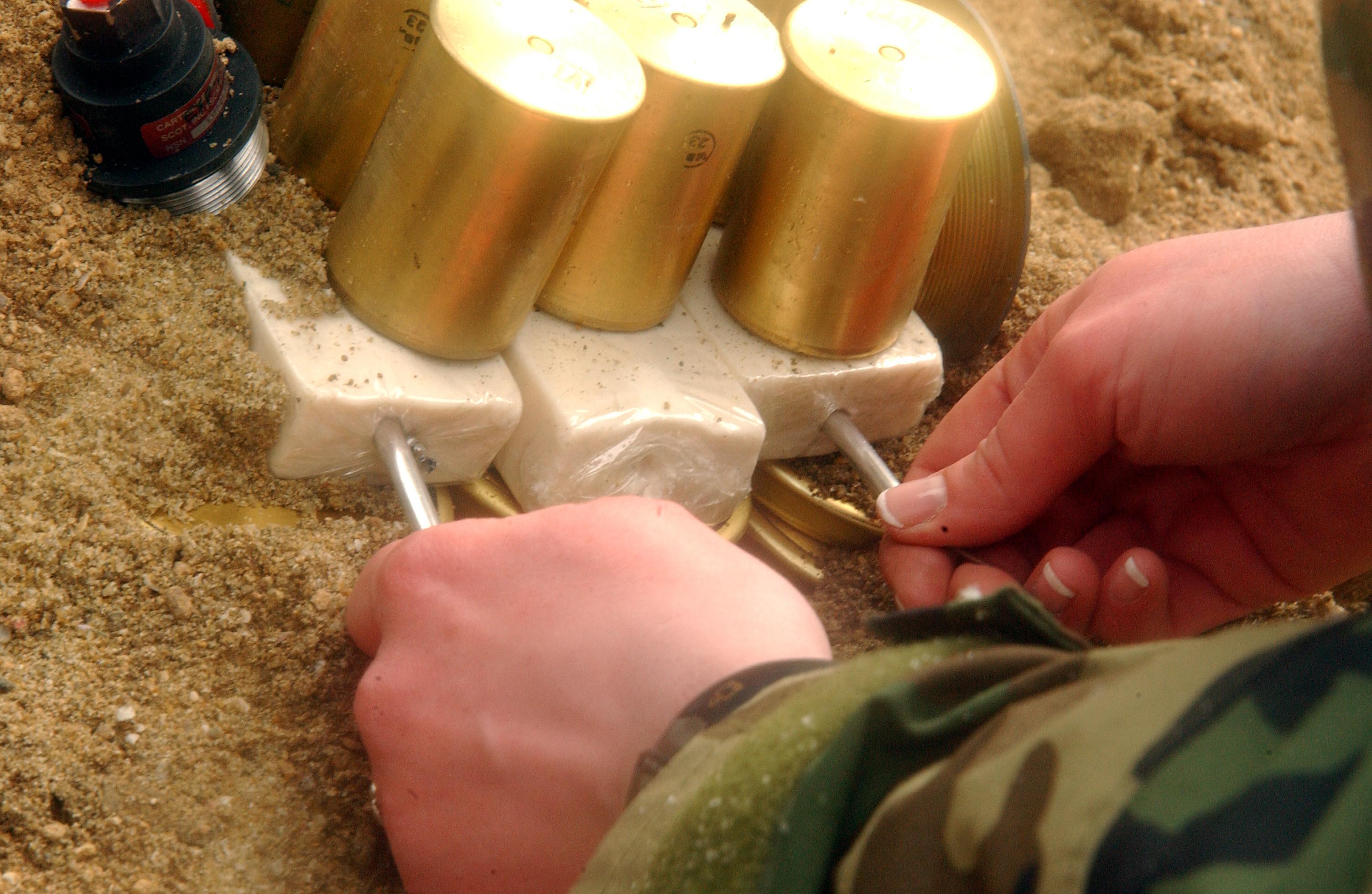 相關 詞 炸藥 製作 黃色炸藥 拿破崙 炸藥 炸藥 製造 方法 c4 炸藥 tnt 炸藥 炸藥 成分 炸藥 製作 配方 無聲
