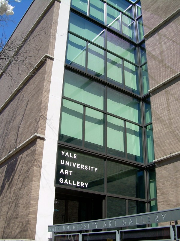 File Entrance Of Yale University Art