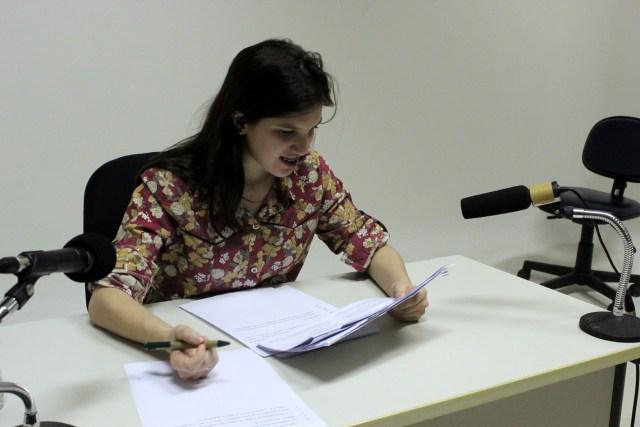 Gravação do verbete feita por Marília Carrera para a pesquisa