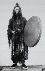 English: Yukaghir shaman. Česky: Jukagirský ša...