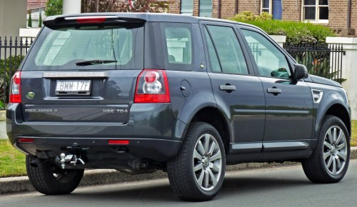 small resolution of file 2007 2010 land rover freelander 2 lf hse td4 wagon 02