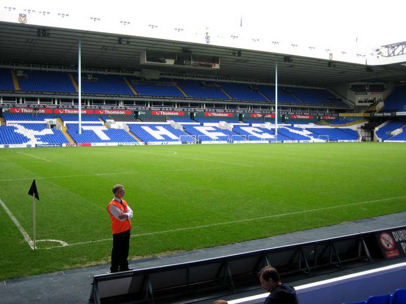 White Hart Lane Courtesy cottontimer Wikicommons