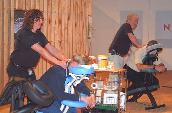 File:'07 Massage at Novell 620.jpg