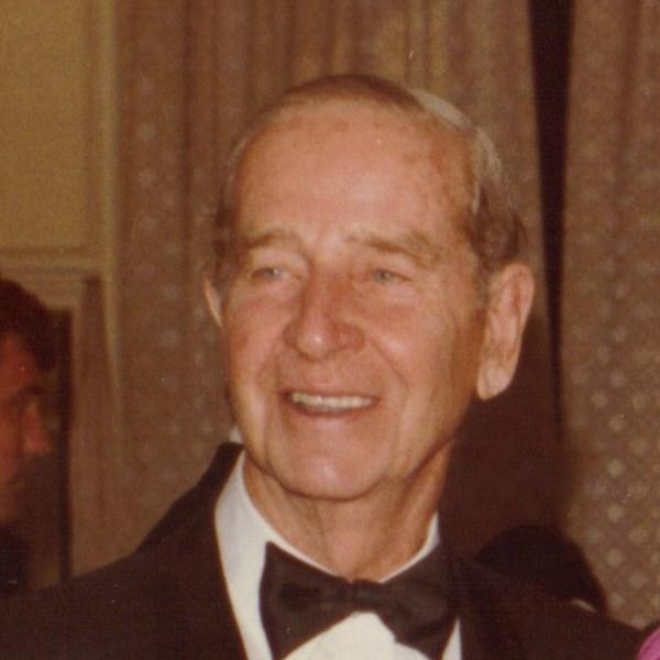Cornelius Vanderbilt Whitney - Wikipedia