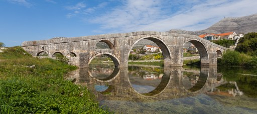 The Arslanagić Bridge is a 80 m long and 6 m high Ottoman bridge built originally in 1574 by order of the Grand Vizier Sokollu Mehmed Pasha, and rebuiltP in 1972 in the city of Trebinje, Bosnia and Herzegovina. The bridge was an important trading link over the Trebišnjica river between Novi (Herceg Novi in Montenegro) and Ragusa (Dubrovnik in Croatia).