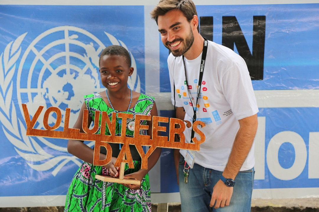 International Volunteer Day  Wikipedia