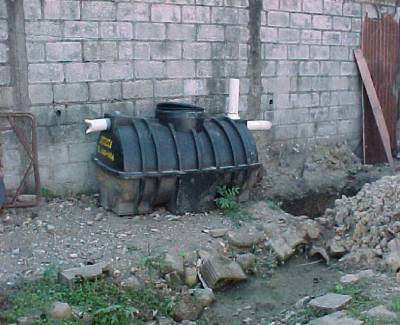 File:Septic tank not in ground.jpg