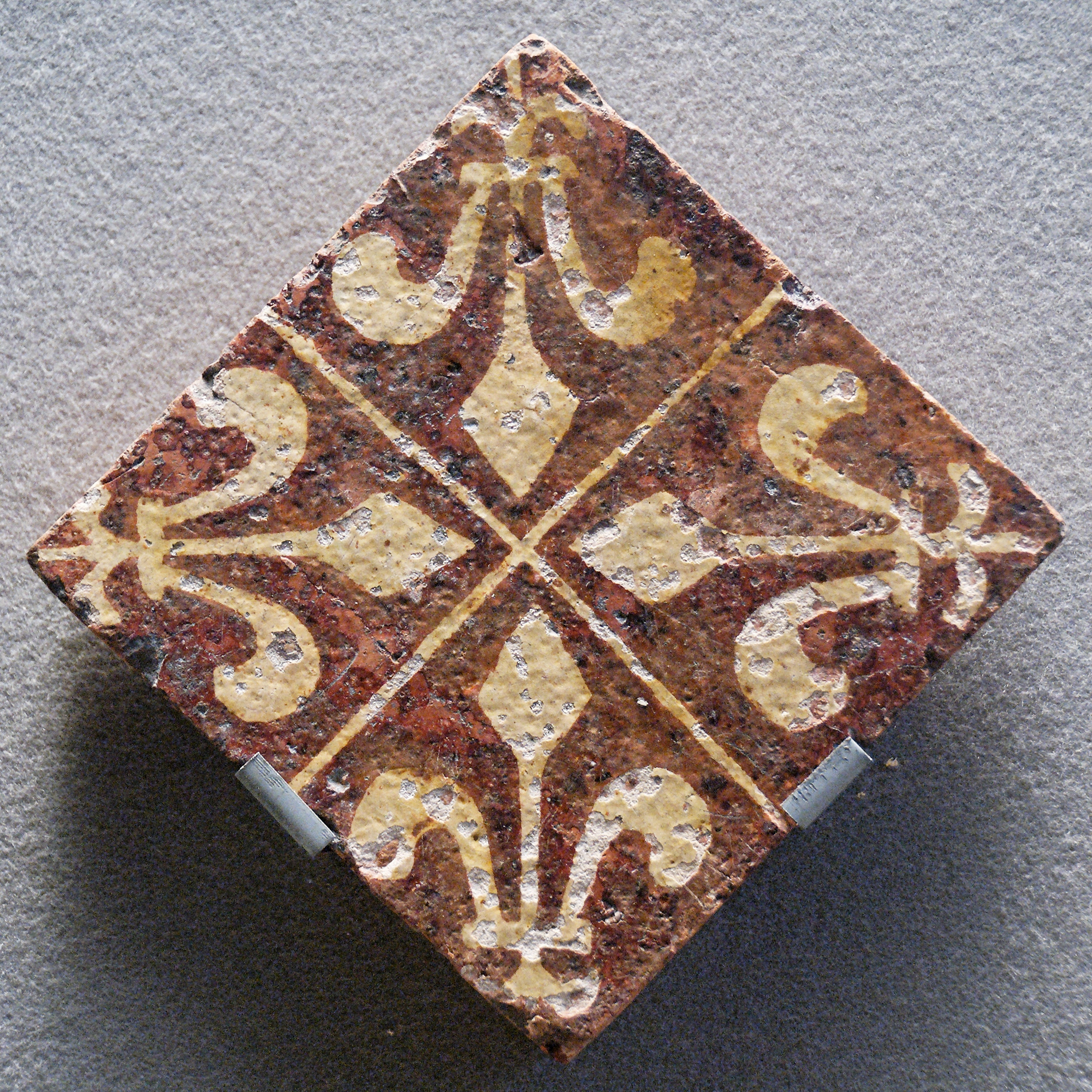 https commons wikimedia org wiki file tile fleur de lis louvre ao10218 25 jpg