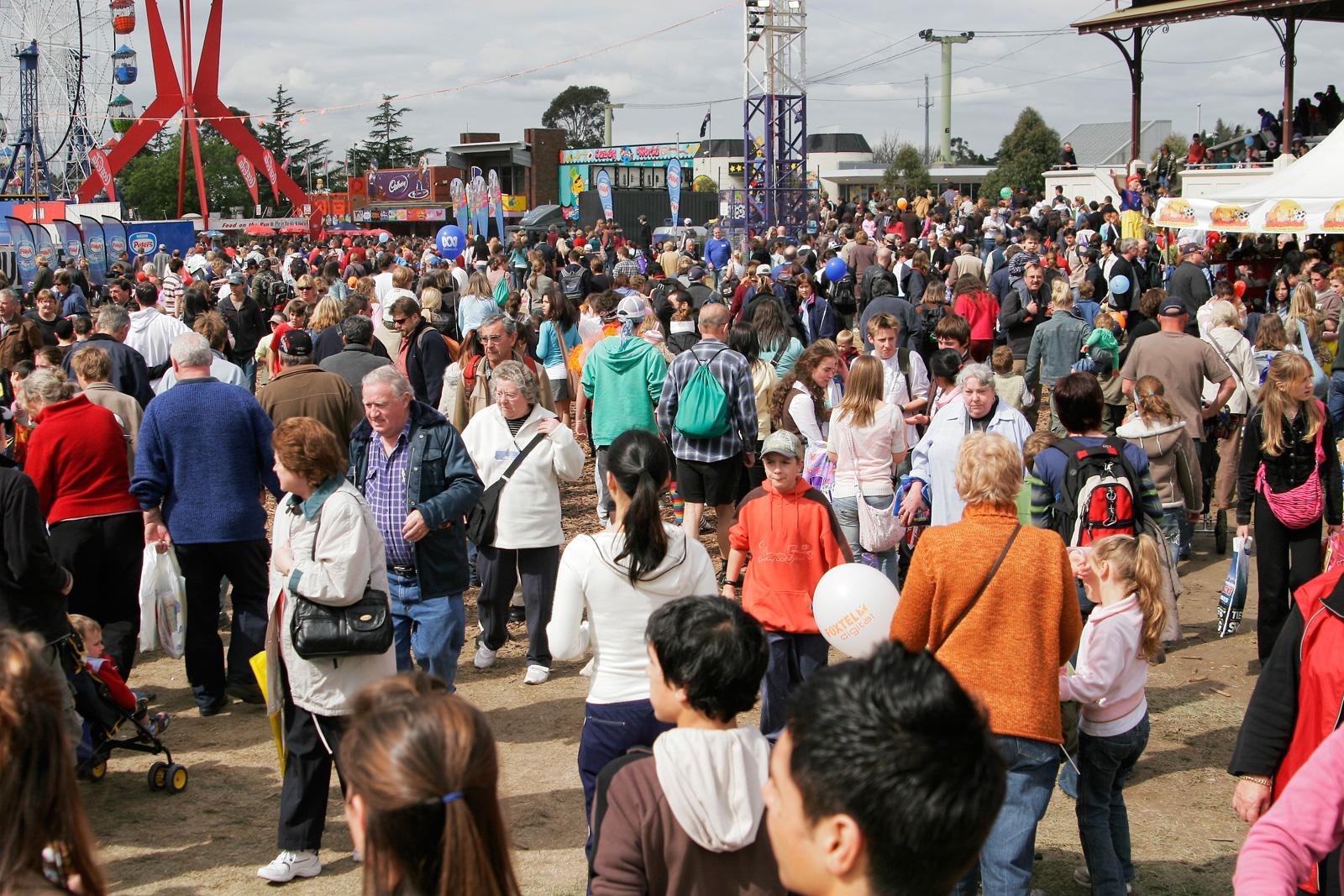 Crowds - melbourne show 2005