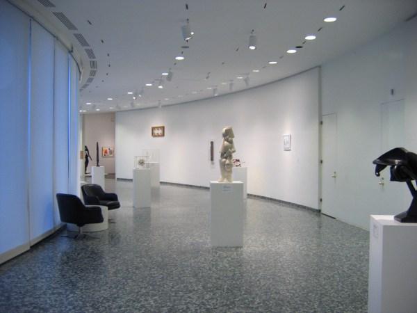 Gallery Inner Hirshhorn Museum
