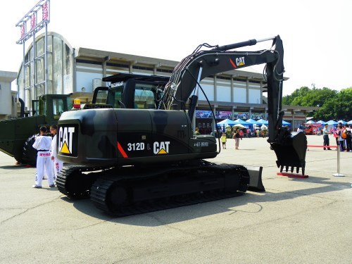 small resolution of file roca caterpillar 312d excavator display in chengkungling 20121006a jpg