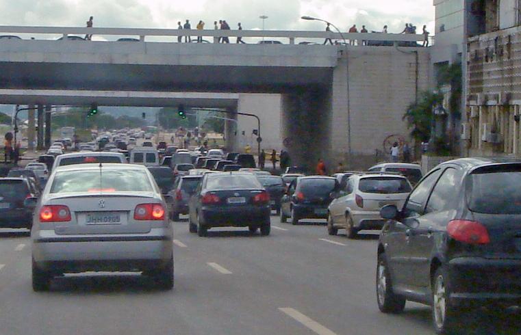 File:Traffic Congestion Brasilia 2.jpg