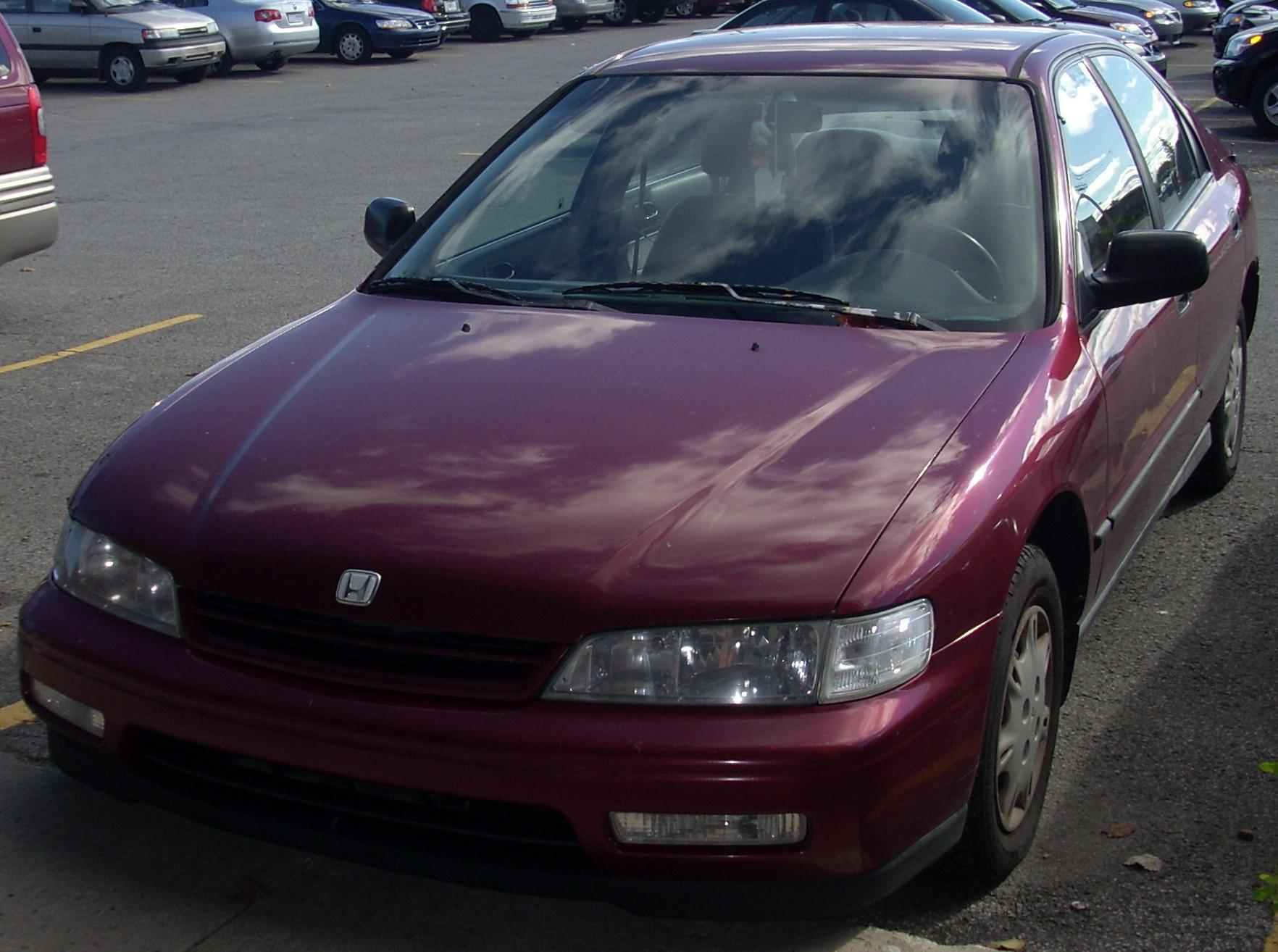 hight resolution of file 1994 95 honda accord sedan jpg