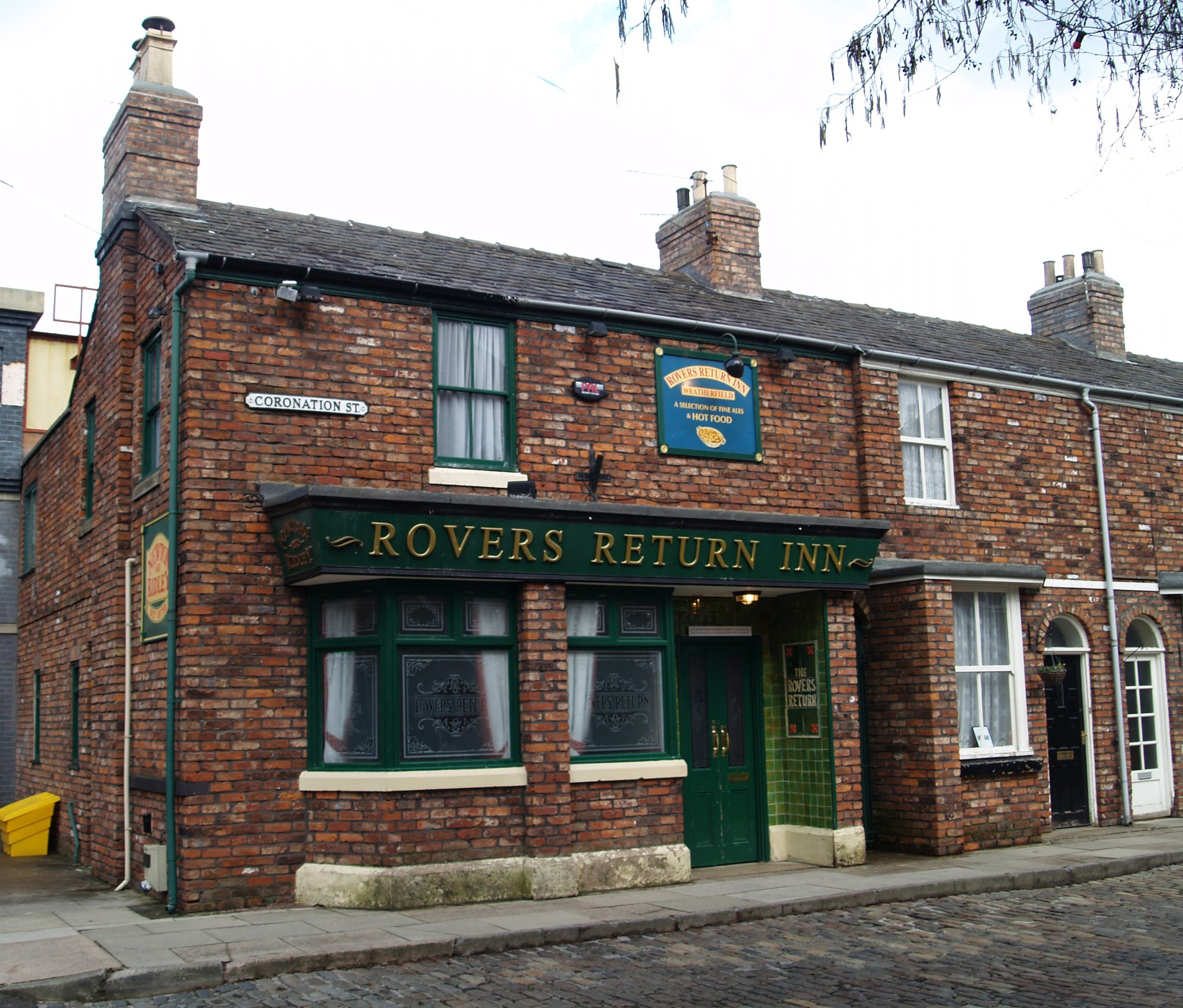 hight resolution of rovers return inn