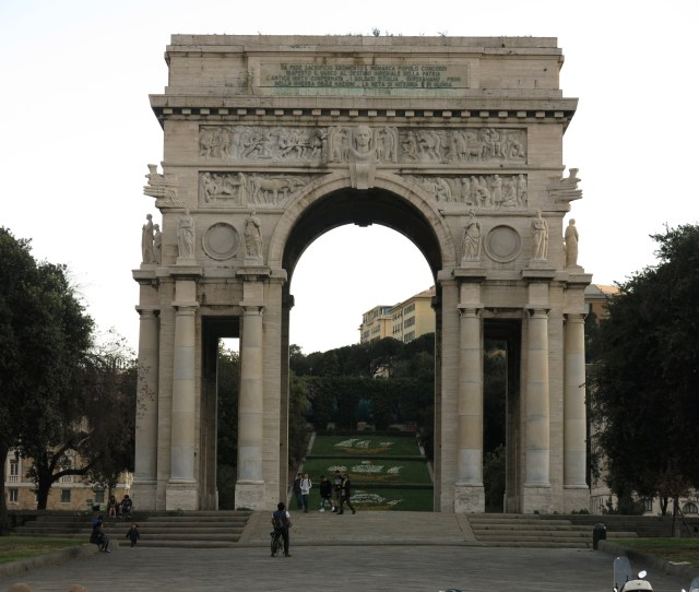 File Arco Della Vittoria Monument Als Caiguts A La Primera Guerra Mundial