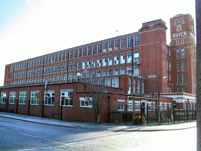 Raven Mill on Raven Avenue, in Chadderton, is one of many former cotton mills in Greater Manchester, England. Most of which were built to service the cotton industry in the 19th century. 18 November 2005. www.geograph.org.uk (c) Roger May. Wikimedia Commons.