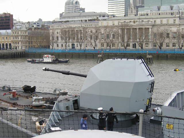 File:Northumberland Naval Gun.jpg