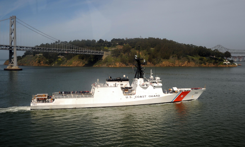 https://i0.wp.com/upload.wikimedia.org/wikipedia/commons/7/7c/USCGC_Waesche_by_Yerba_Buena_Island.jpg