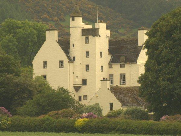 Balmanno Castle - Wikipedia