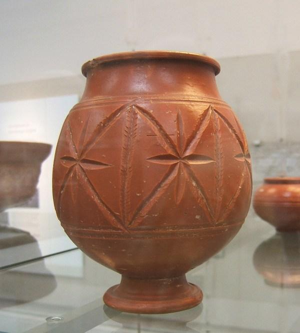 File Roman Pottery Central Gaulish Samian - Wikipedia