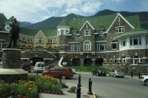File Banff Springs Hotel - Wikimedia Commons