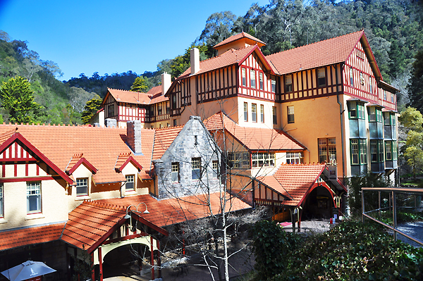 Jenolan Caves House  Wikipedia