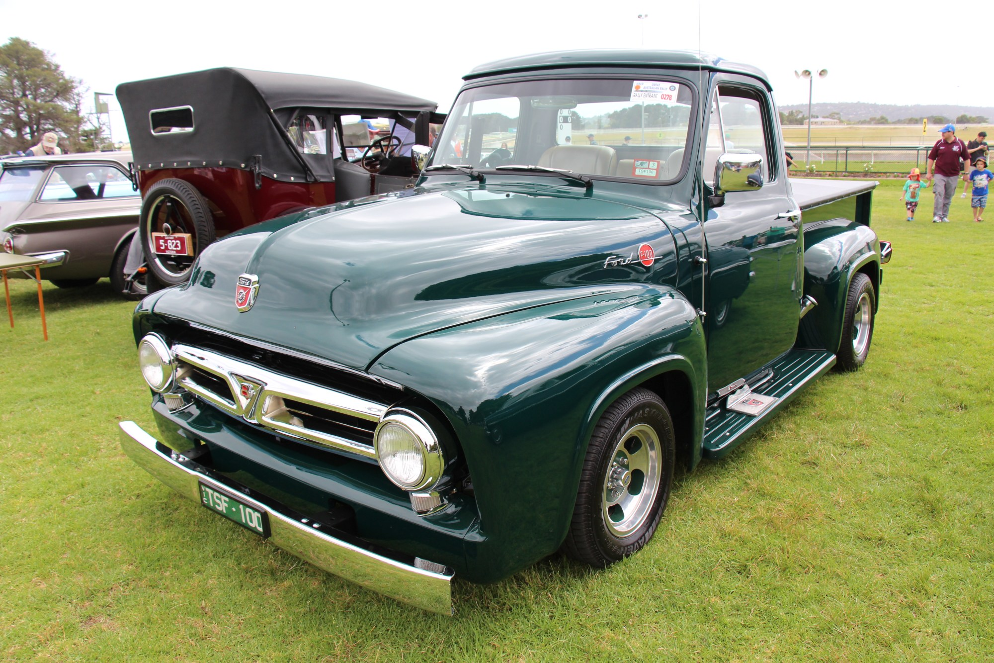 hight resolution of file 1953 ford f100 standard cab pickup 12789438223 jpg