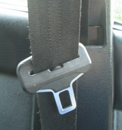 a seat belt and buckle [ 768 x 1024 Pixel ]