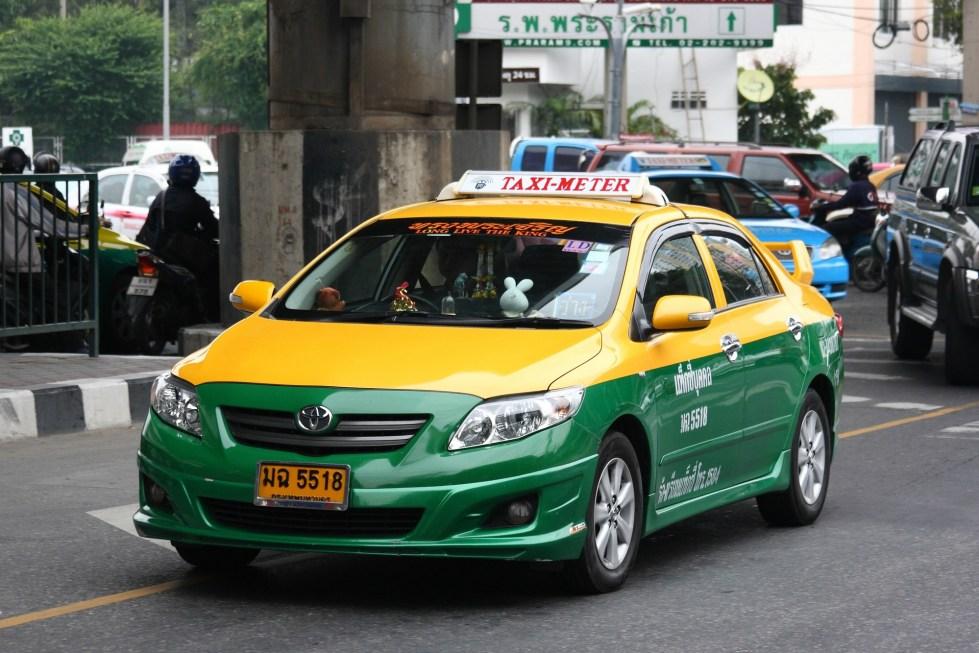 Taxi Saat Wisata di Thailand