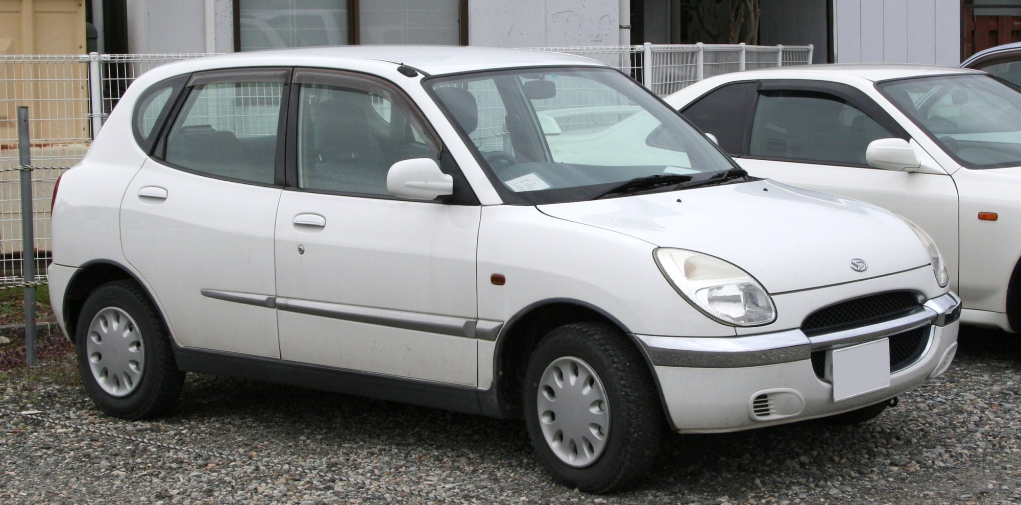 hight resolution of daihatsu storia