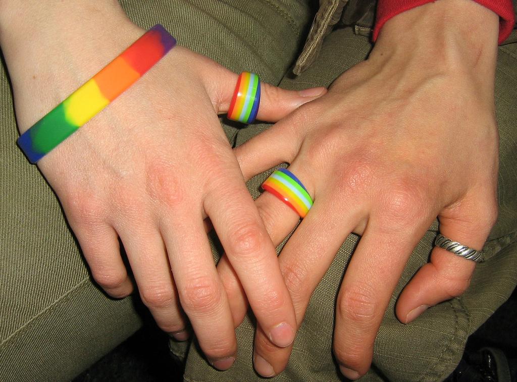 https://i0.wp.com/upload.wikimedia.org/wikipedia/commons/8/81/Same_Sex_Marriage-02.jpg