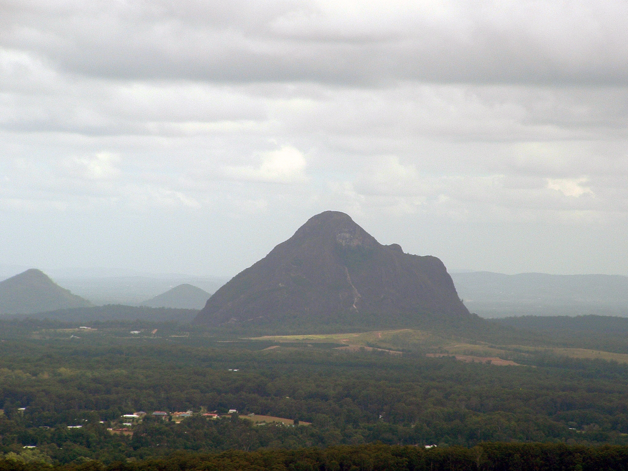 English: Mount Beerwah which forms part of the...