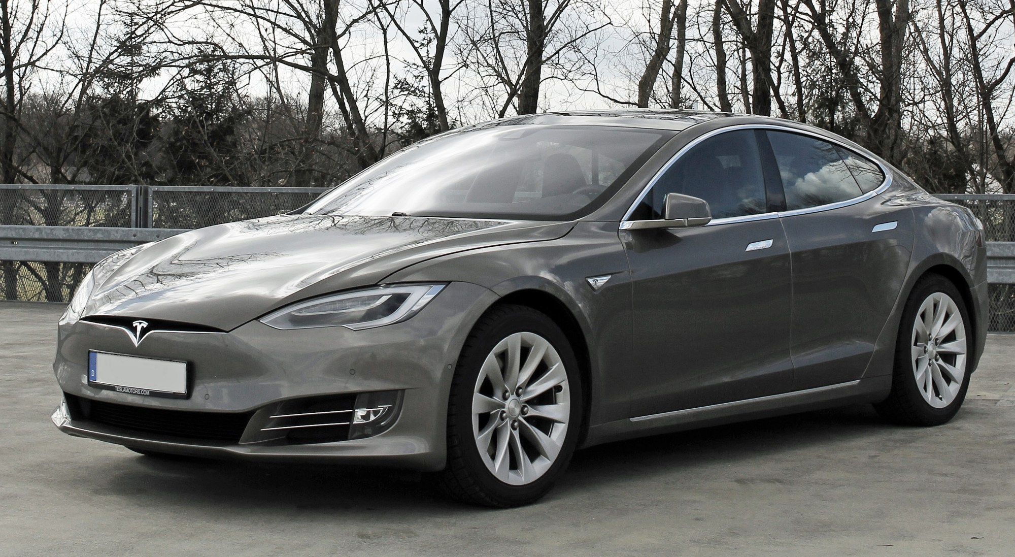hight resolution of the tesla model s was the world s top selling plug in car for two years running 2015 and 2016