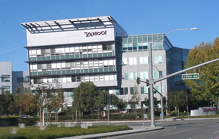 http://upload.wikimedia.org/wikipedia/commons/8/82/Yahoo_Headquarters.jpg