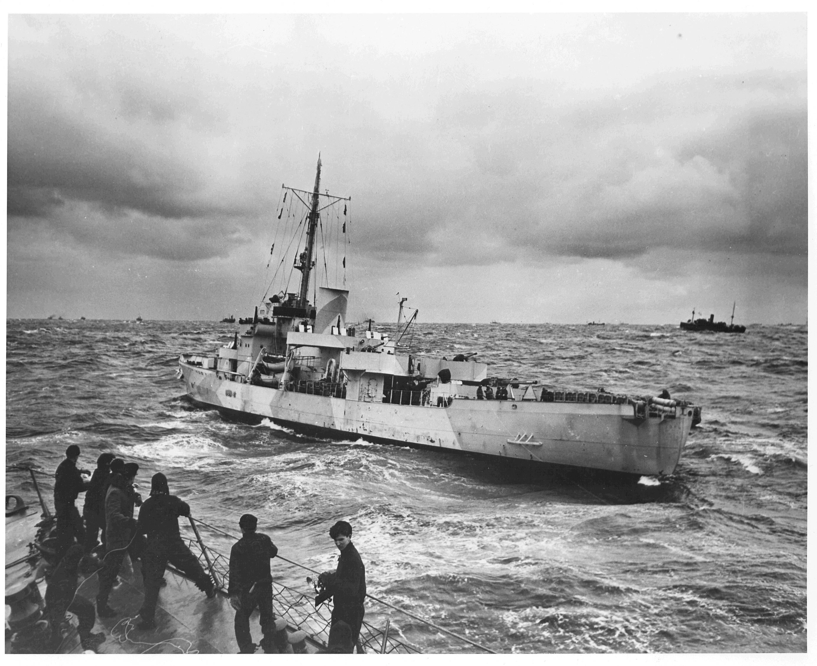 https://i0.wp.com/upload.wikimedia.org/wikipedia/commons/8/83/USCGC_Spencer_WPG-36.jpg