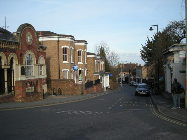 File:High St, Madeley - geograph.org.uk - 729931.jpg - Wikimedia