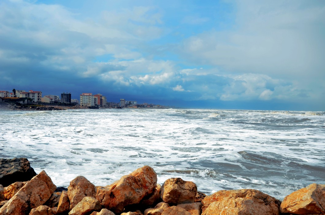 Noor Caspian sea - Bakıxanovlar Bakıya necə gəldilər?