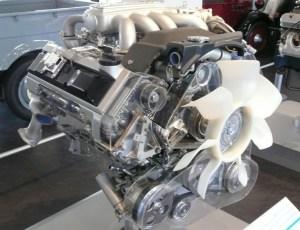 Nissan VH engine  Wikipedia
