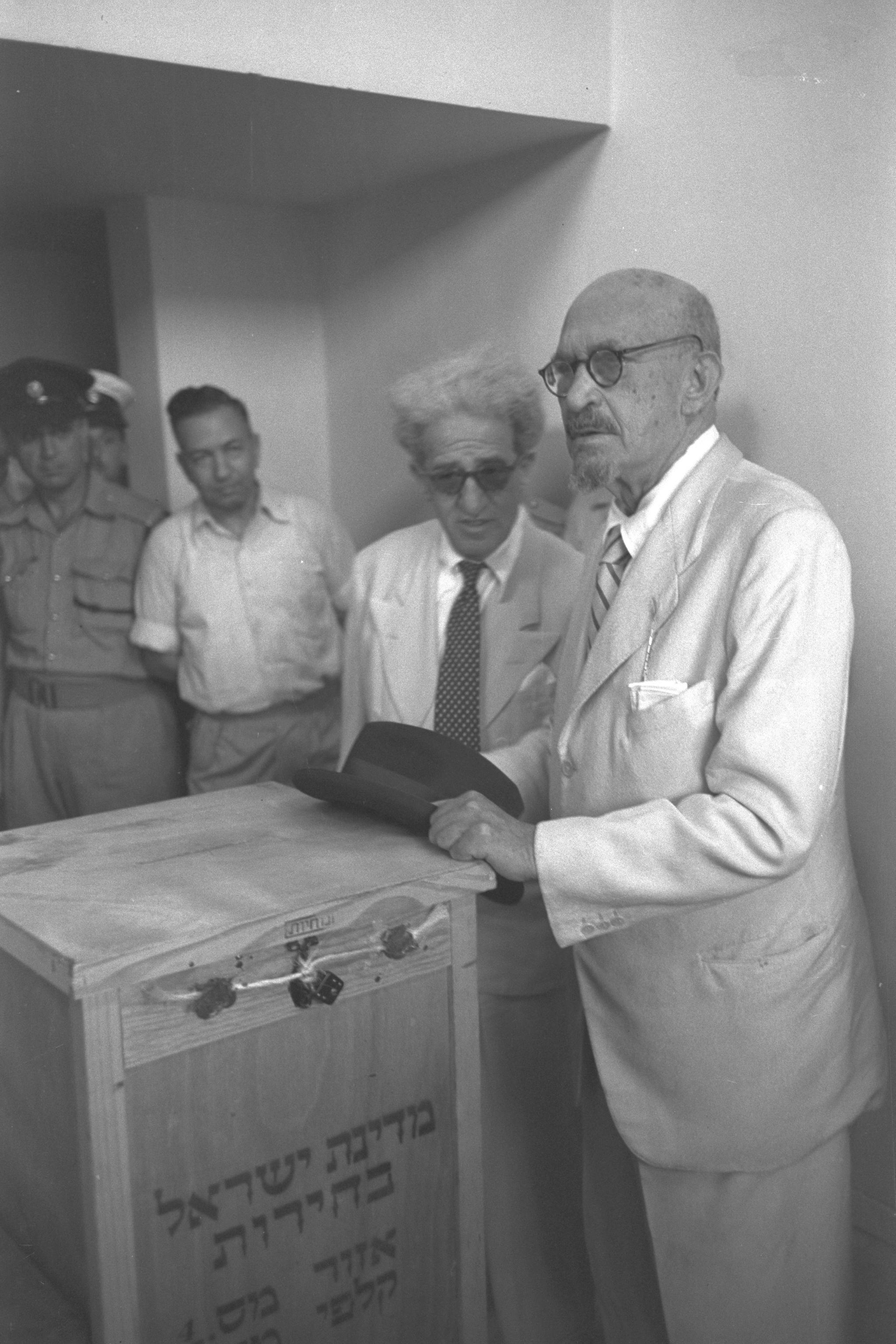 Israeli President Chaim Weizmann voting in the...