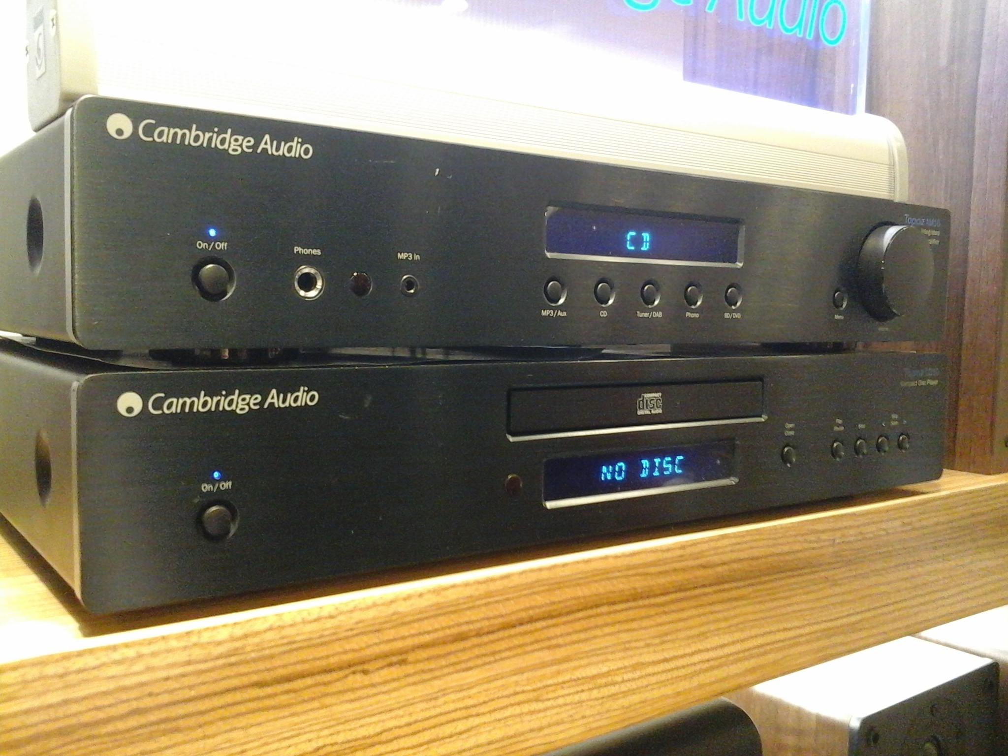 File:Cambridge audio CD & amp.jpg - Wikimedia Commons