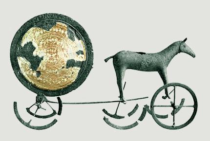 Miniatura wozu z epoki brązu, znaleziona na terenie Norwegii