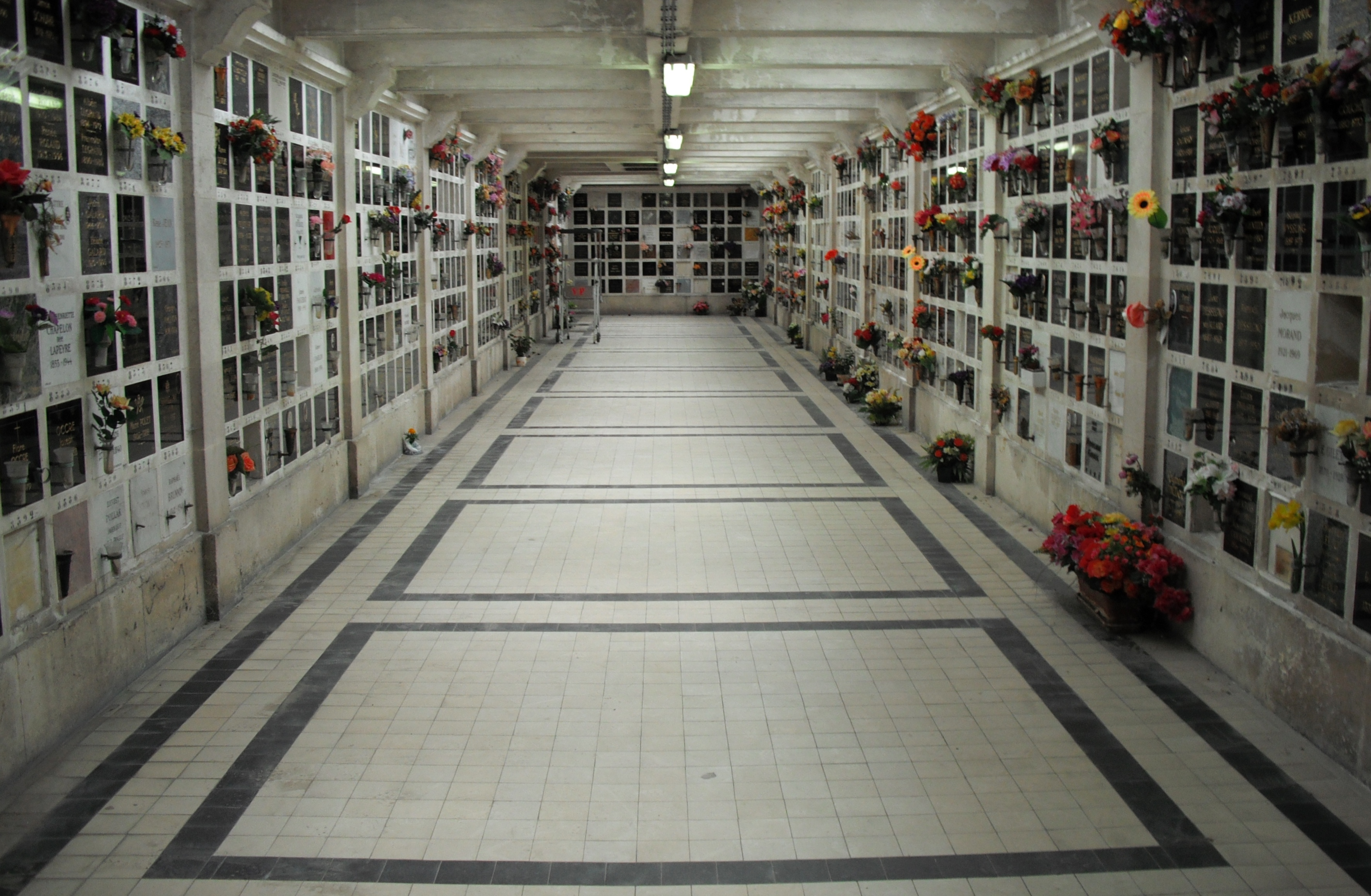 FileColumbarium Of Pere Lachaisejpg Wikimedia Commons