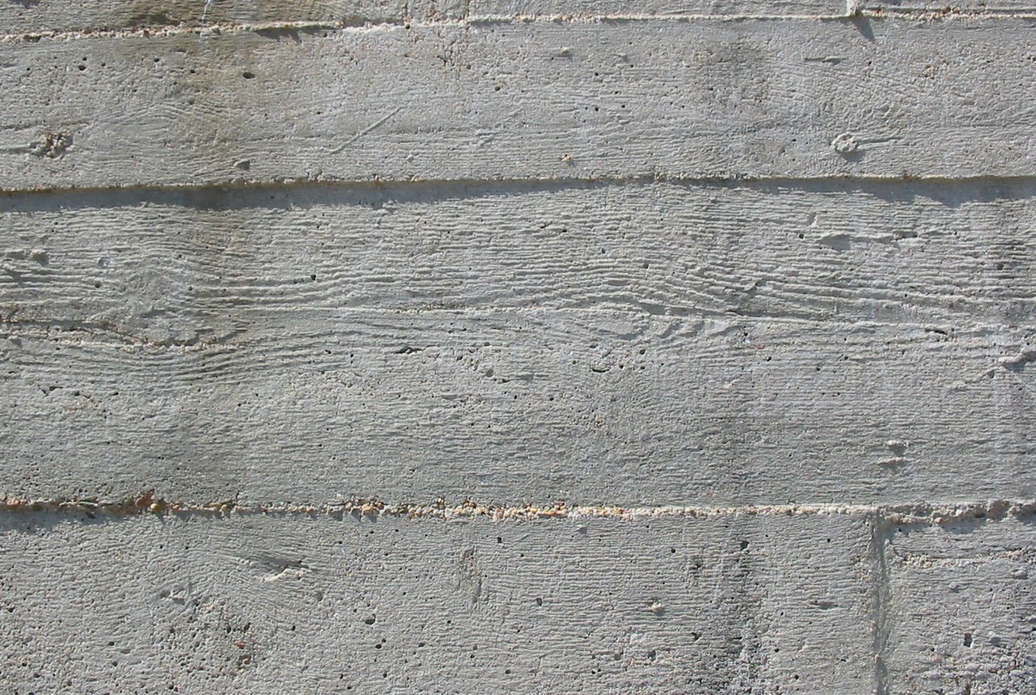 File:Wood grain German Occupation bunker concrete 1.jpg