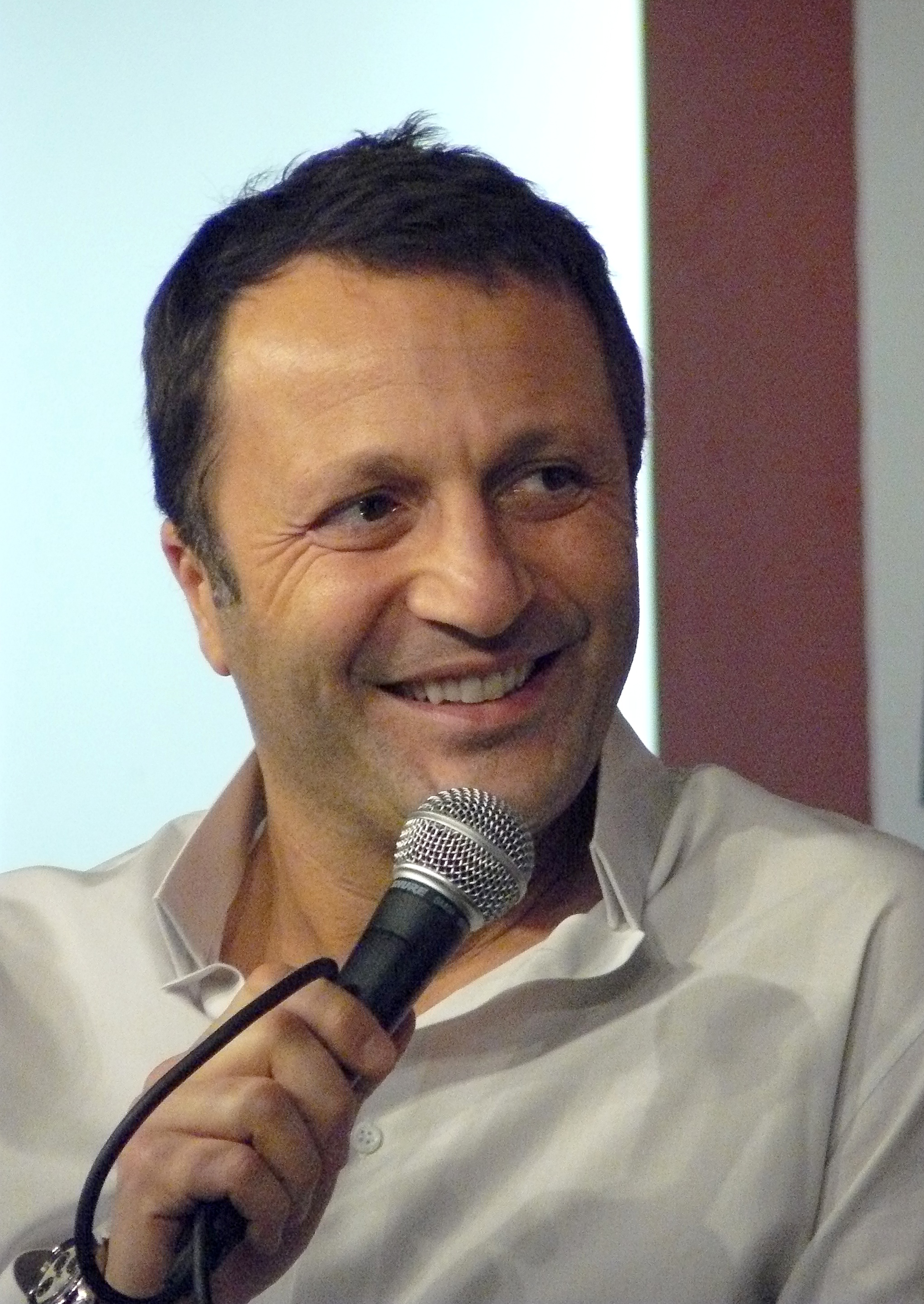 arthur tv presenter wikipedia