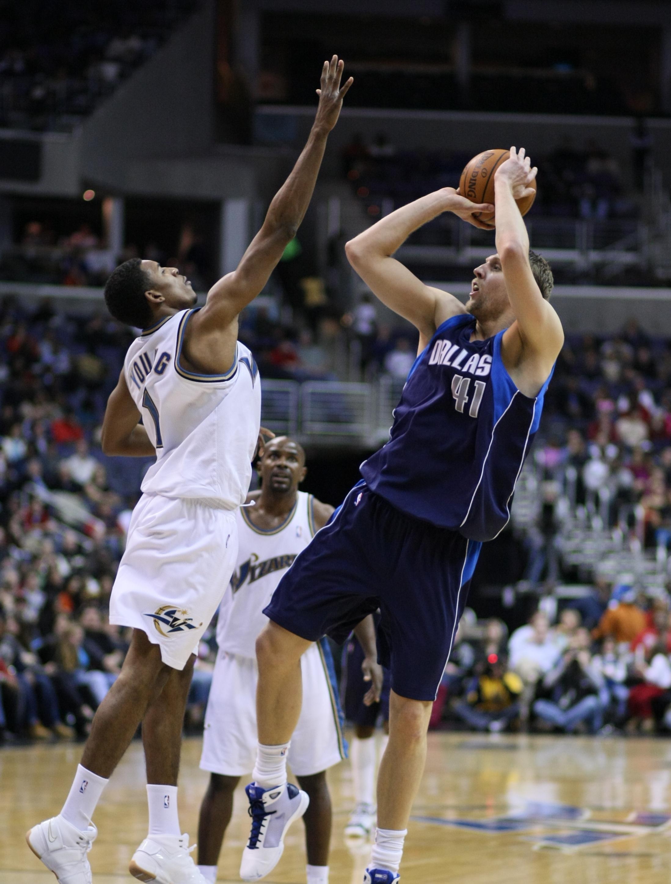 Jump Shoot Bola Basket : shoot, basket, Stretch, Wikipedia