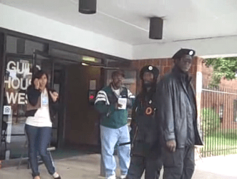Black Panthers brazenly menace white voters